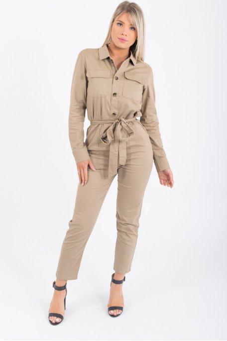 Combinaison pantalon beige  boutonné