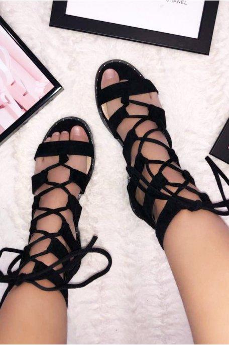 Sandales plates croisées effet daim noires