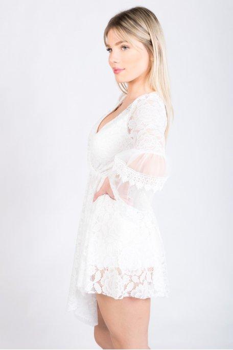 Combishort en dentelle blanche motif grande fleur