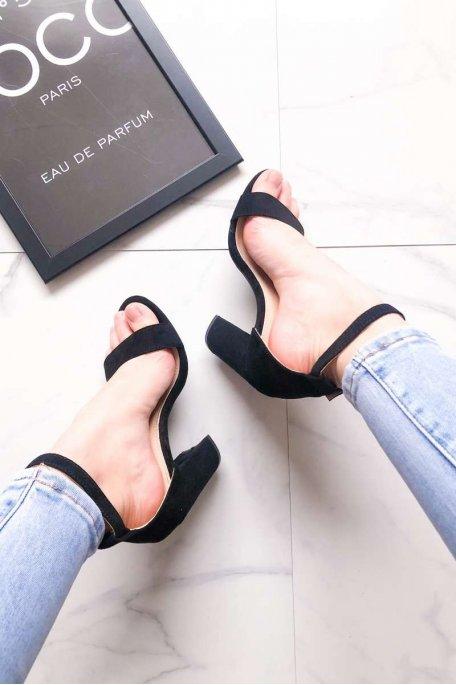 Sandales noires à talons effet daim