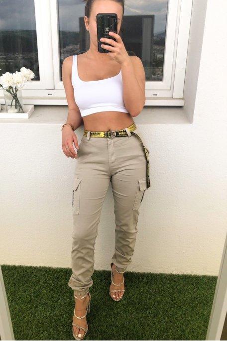 Pantalon cargo beige ceinture jaune