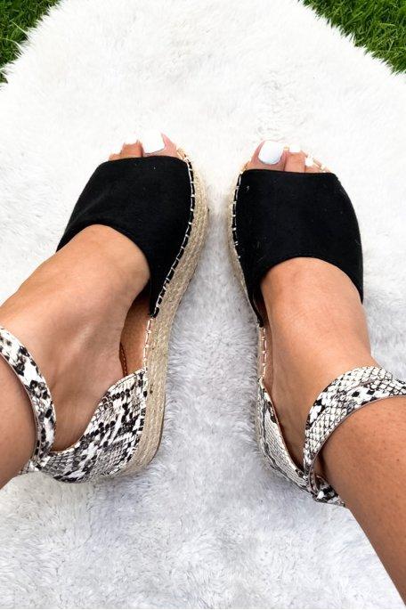 Sandales noires effet python plateformes tressées