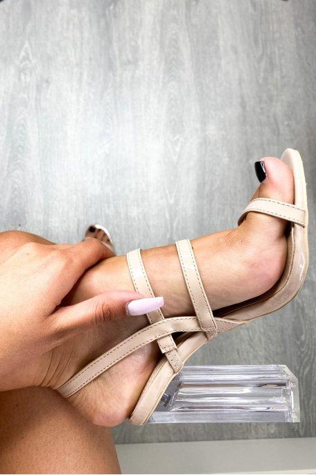 Sandales nudes vernies à talons transparents