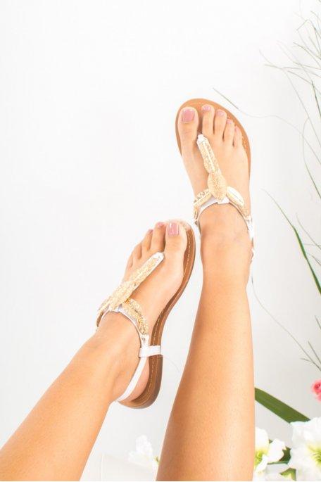 Sandales blanches feuilles dorées