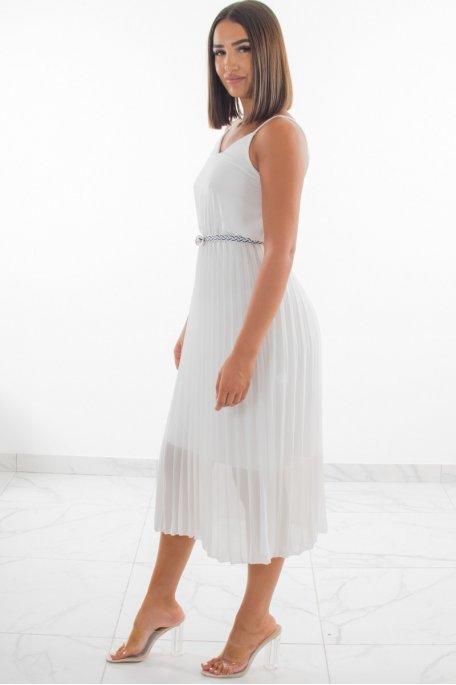 Robe plissée fines bretelles blanche