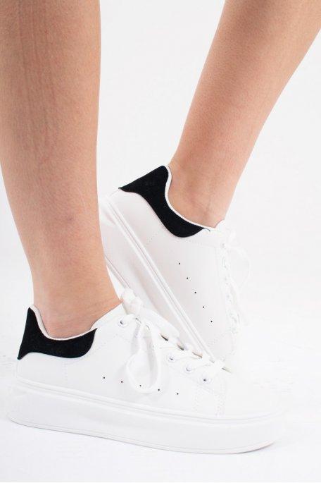 Baskets basses blanches détail velours noir