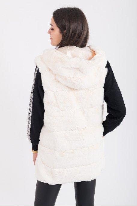 Manteau écru sans manches fausse fourrure capuche