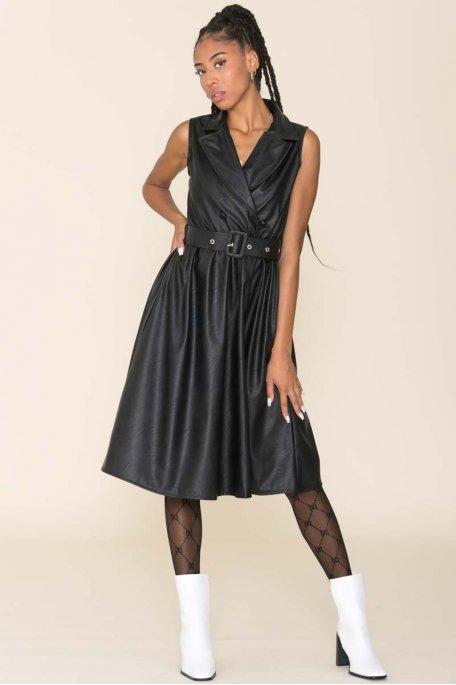 Robe sans manche évasée simili cuir noir