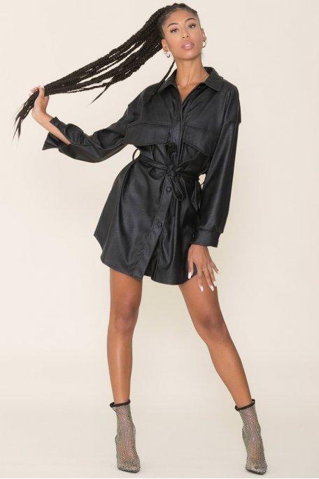 Robe chemise simili cuir noire