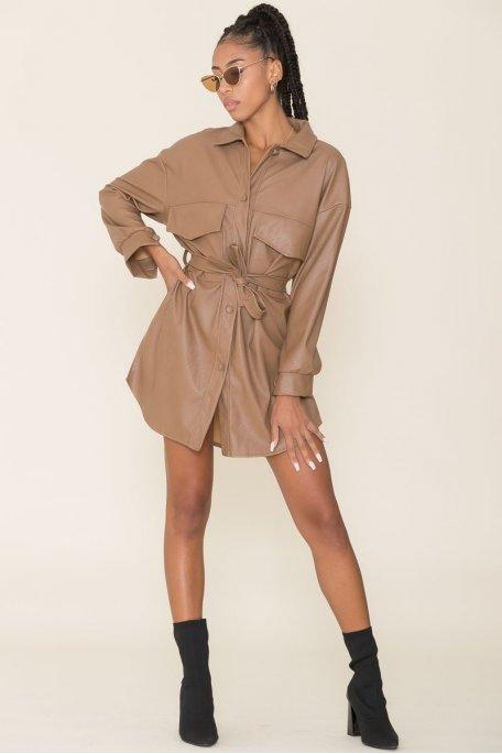Robe chemise simili cuir camel