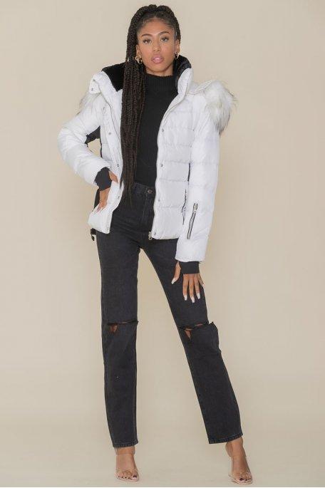 Doudoune blanche ceinture fourrure blanche