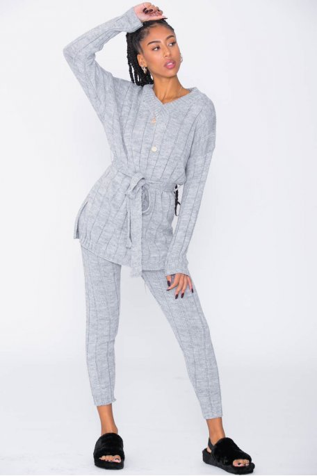 Ensemble gris en maille pull long pantalon