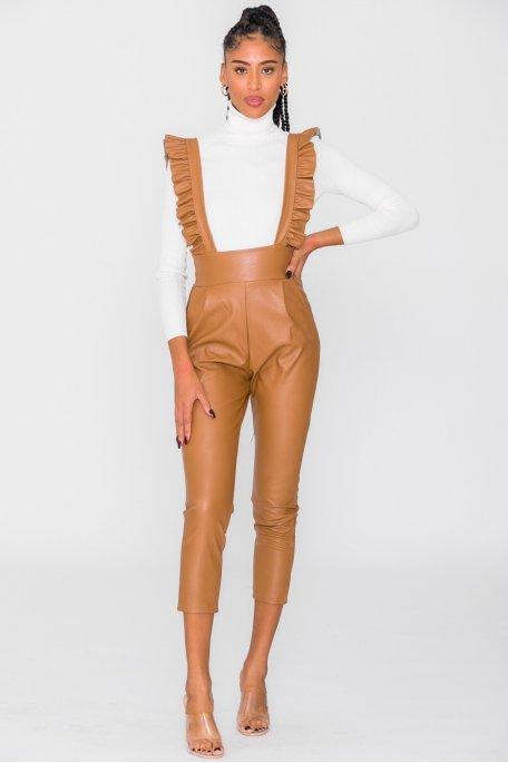Pantalon à bretelle simili cuir camel