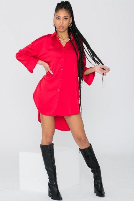 Robe chemise longue satinée rouge