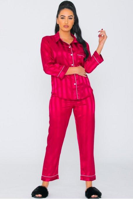 Pyjama satiné à rayures rouge