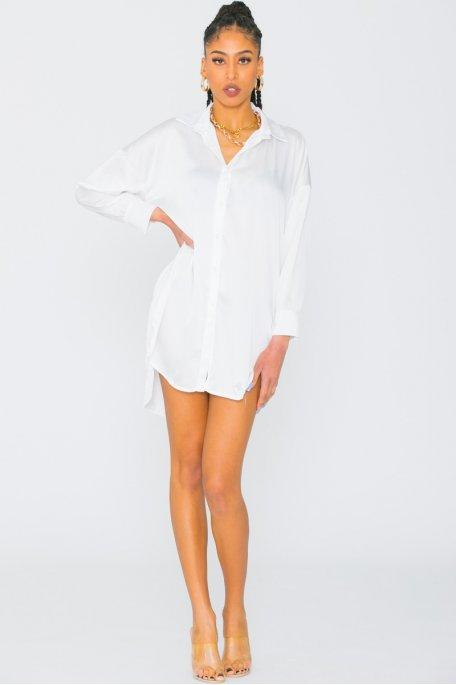 Robe chemise longue satinée blanc