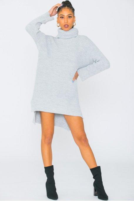 Robe pull en maille col roulé large gris