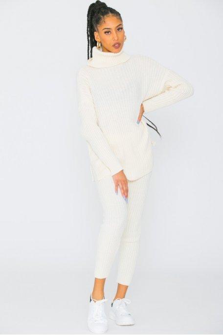 Ensemble pantalon pull col roulé côtelé ecru