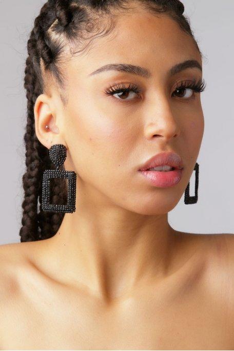 Boucles d'oreilles pendantes carrés noir