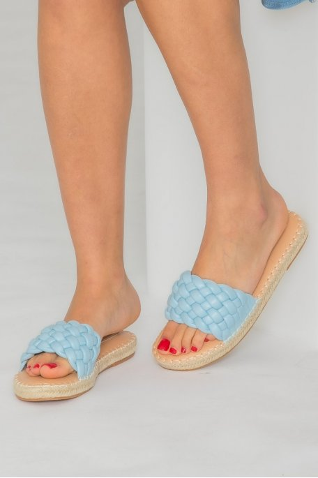 Claquettes tressées bleu