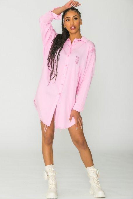 Robe chemise déchirée rose
