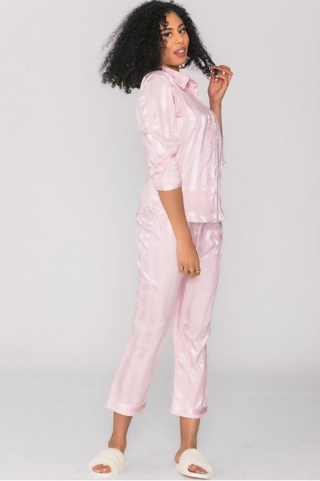 Pyjama satiné à rayures rose