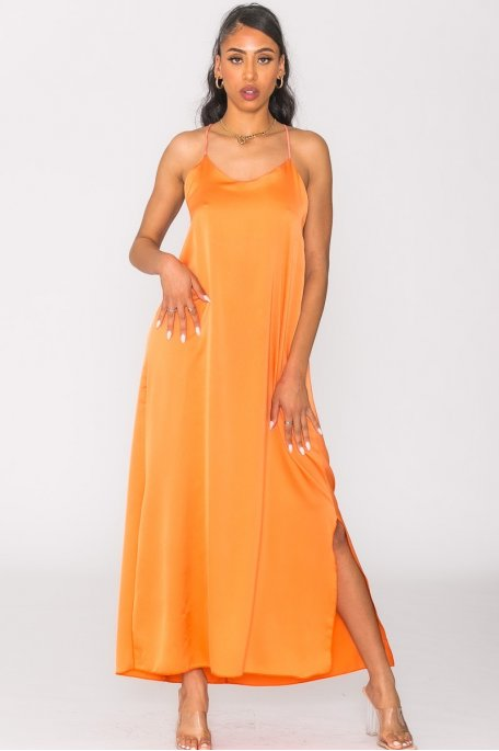 Robe longue satinée fendue orange