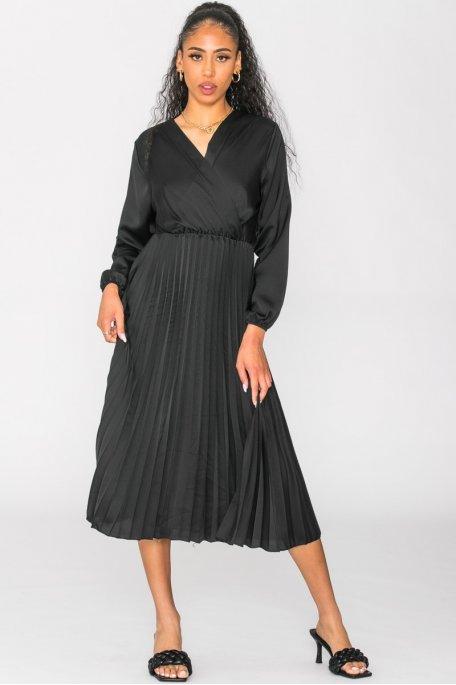 Robe mi-longue satinée plissée noir