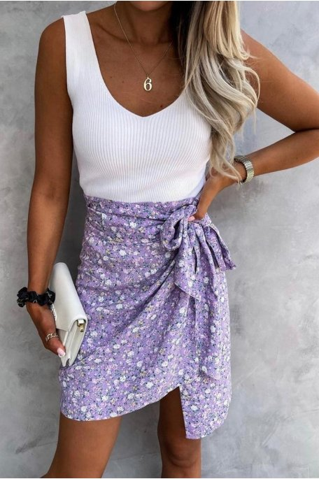 Jupe courte portefeuille imprimé fleuri violet