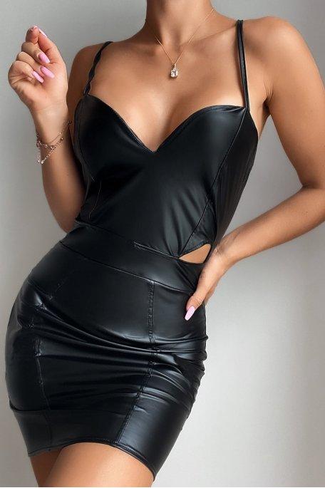 Robe courte ajourée côté simili noir