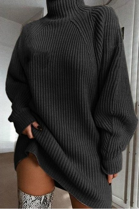 Robe pull en maille col montant noir