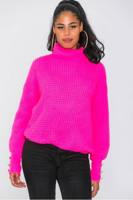 Pull grosses mailles à boutons rose fluo