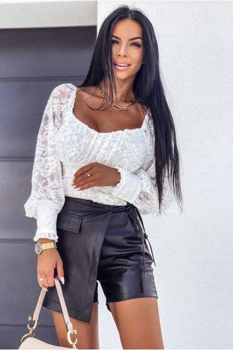 Short effet jupe en simili cuir noir