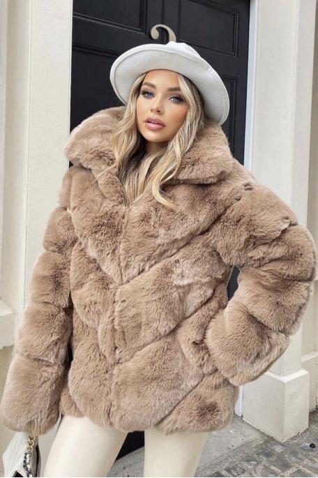 Manteau fausse fourrure molletonnée camel